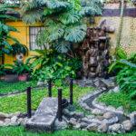 Hotel-Camelias-Antigua-Guatemala-garden-9