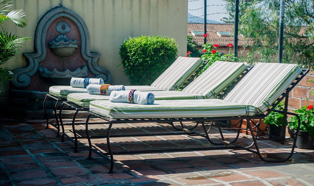 Hotel-Camelias-Antigua-Guatemala-terrace-9